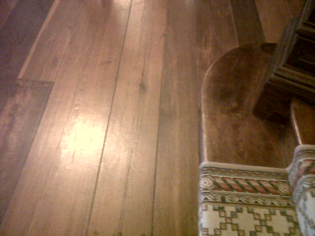 Wide Planked Wood Floors - Mill Neck Manor